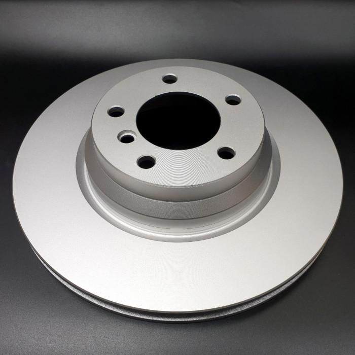 Диск тормозной передний E90 330 mm.