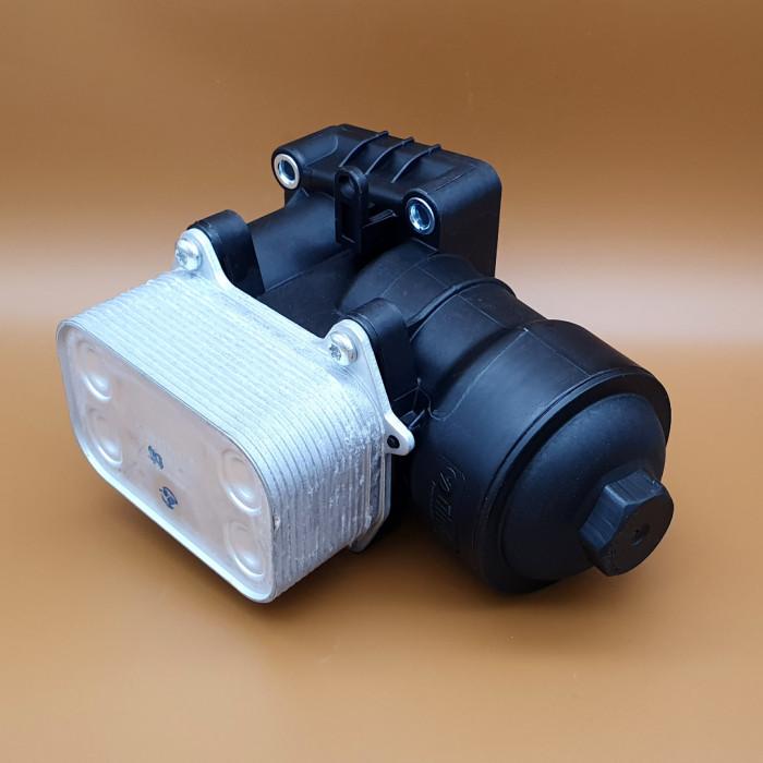Vika 11151767201 Корпус фильтра масл. с радиатором VAG 2.0 CDI